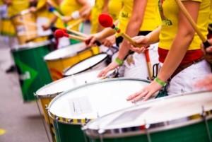 ddBraziliaanse_percussie_surdo_spelers